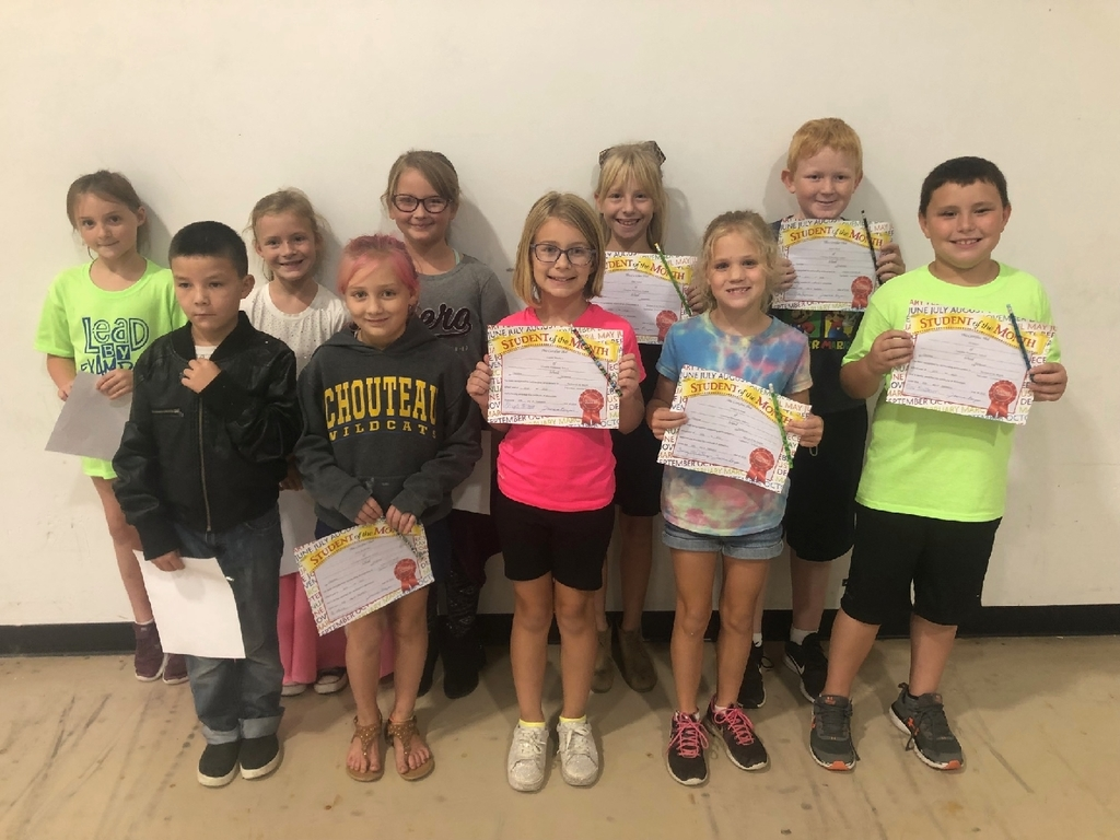 September Students of the month.  Character Trait was Accountability  Front: Jayce Wallace, Katie Burkholder, Kinslee Morrison, Abigail Graham, Eli Burris  Back: Abby Williams, Hannah Coblentz, Josie Esterline, Rilei Kerlee, Quincy Byrd